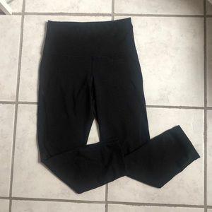 Old Navy Capri Athletic Leggings Size: XS